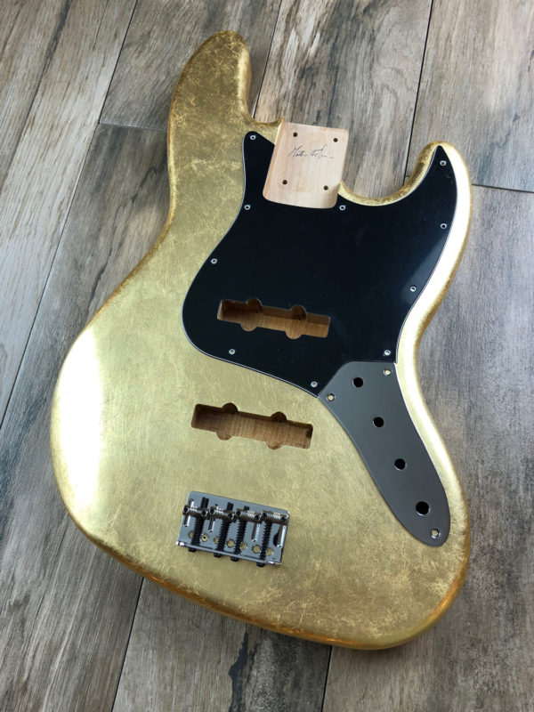Metallic Glossy Uranius Body - Foglia d'Oro (Jazz Bass type)