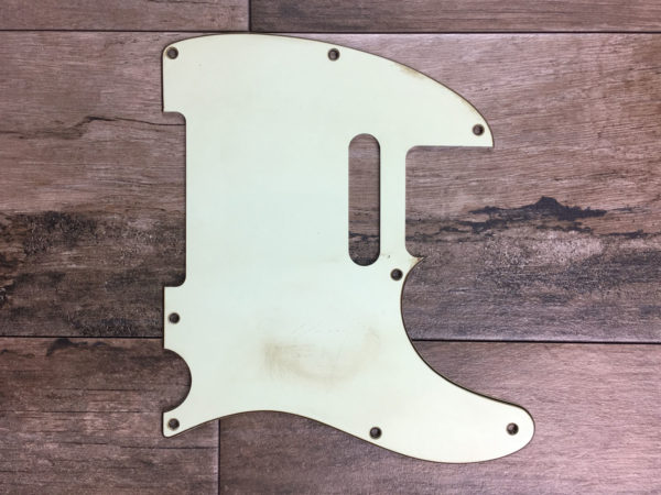 Classic Relic Mars Pickguard - Vintage White (Stratocaster type)