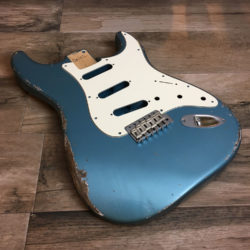 Classic Relic Mercury Body - Lake Placid Blue Metallic (Stratocaster type)