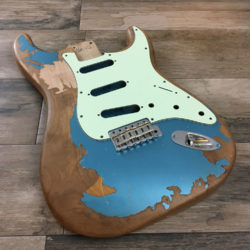 JM Black1 Replica - Lake Placid Blue Metallic (Stratocaster type)