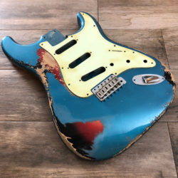 Classic Relic Mercury Body - Lake Placid Blue Metallic over 3-Color Sunburst (Stratocaster type)