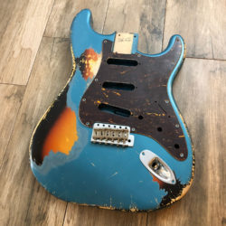 Classic Relic Mercury Body - Lake Placid Blue Metallic over 3-Color Sunburst (Stratocaster type)