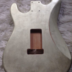 Metallic Relic Mercury Body - White Gold Leaf (Stratocaster type)