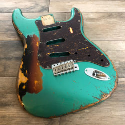 Classic Relic Mercury Body - Sherwood Green Metallic over 3-Color Sunburst (Stratocaster type)